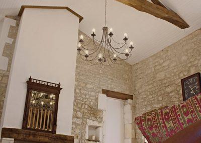 Le Chai's high ceiling