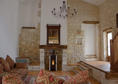 Le Chai living room