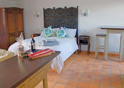 Le Liege bedroom